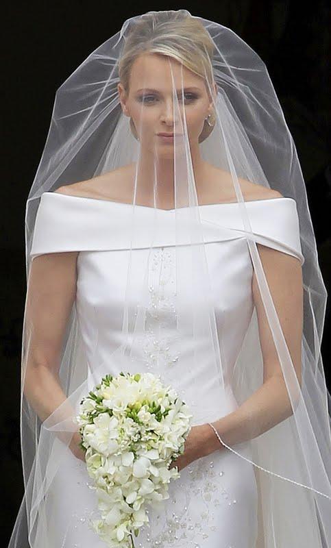 vestidos-noiva-com-decote-canoa-14